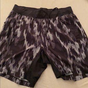 Medium lululemon running shorts no line. 7 inch